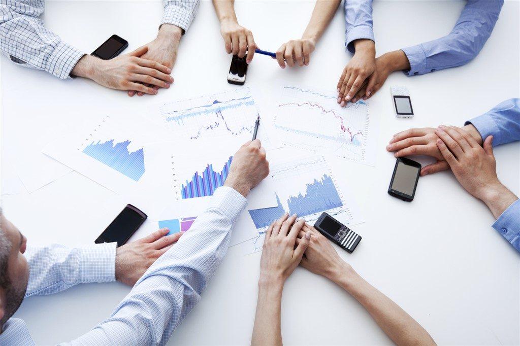 Menganalisis Faktor Eksternal Untuk Menentukan Peluang Dan Ancaman
